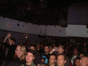 02 10 06 Mbm Crowd1